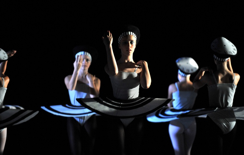 v.l.:Ballettschülerinnen