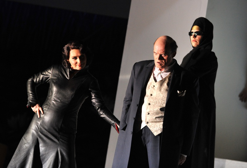 v.l.: Helena Zubanovich, Hans-Günther Dotzauer, Gillian Crichton